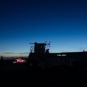 Fiskekutteren i Dokken i den blå time. Foto: Jens Thybo