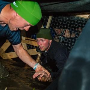 Deltagerne ved vandgraven sidst i minen. Foto: Jens Thybo